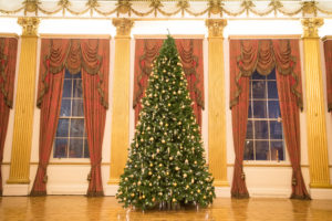 Christmas Family Tour @ State Apartments